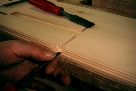 Cutting the moulding for the nameboard 34K jpeg